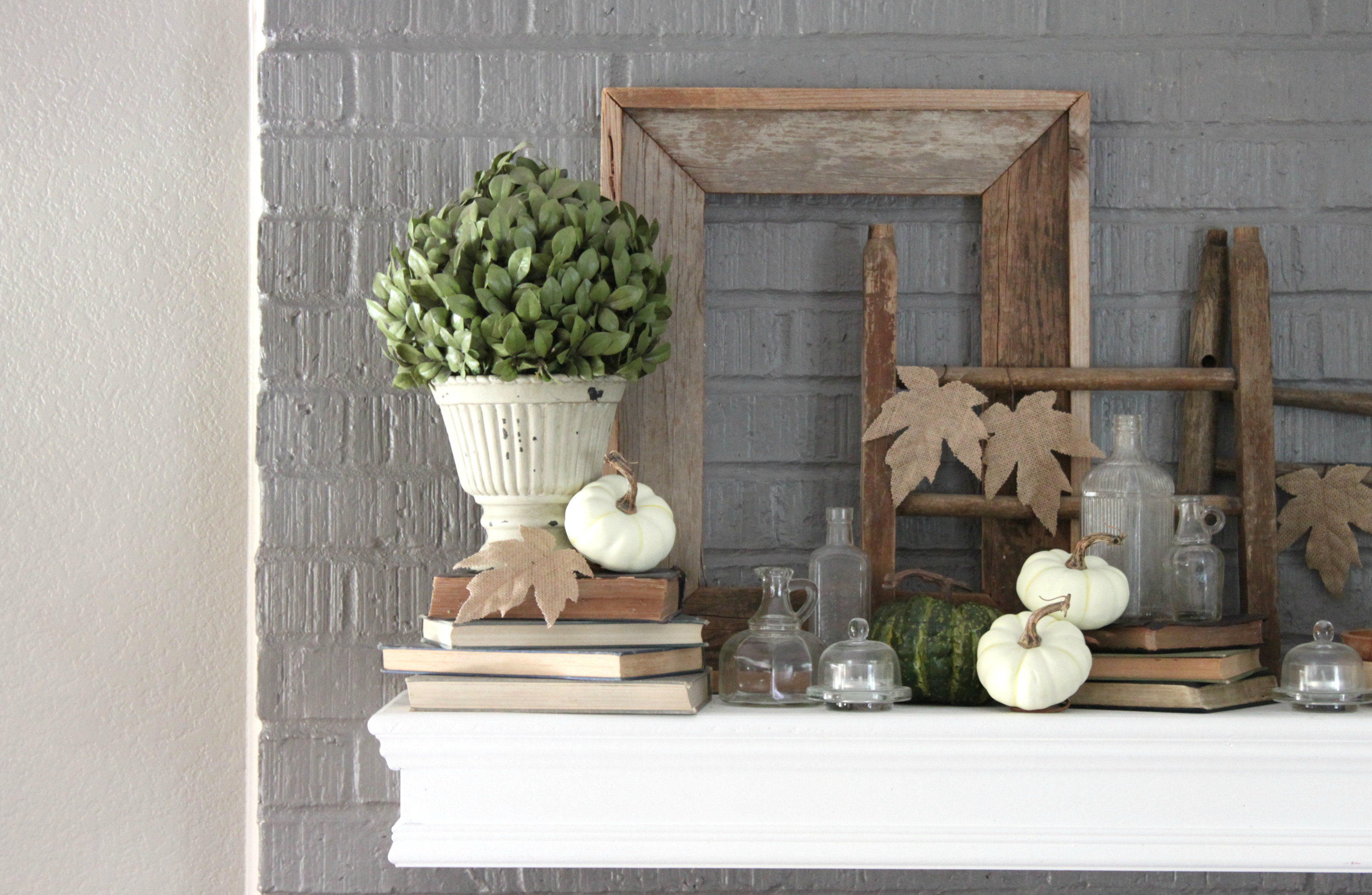 fall-dining-room-fireplace-mantle-whites-woods