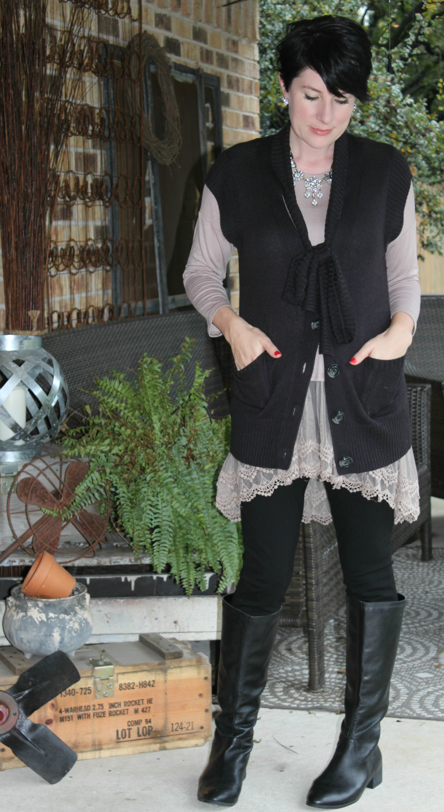 Sunday Style: Lace Trimmed Tunic by An Inspired Nest