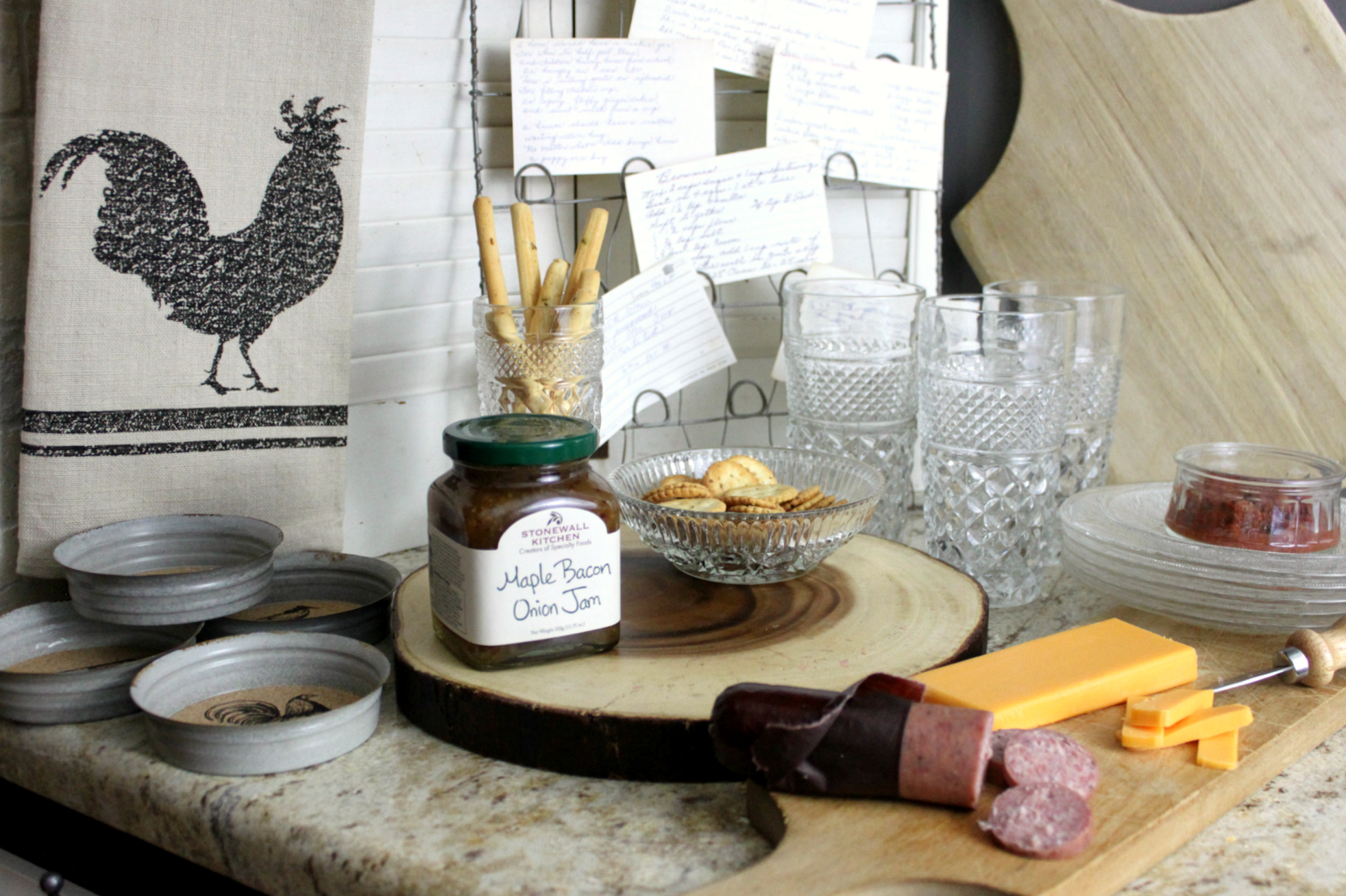 A Christmas Gift Guide to Cracker Barrel Old Country Store | An Inspired Nest