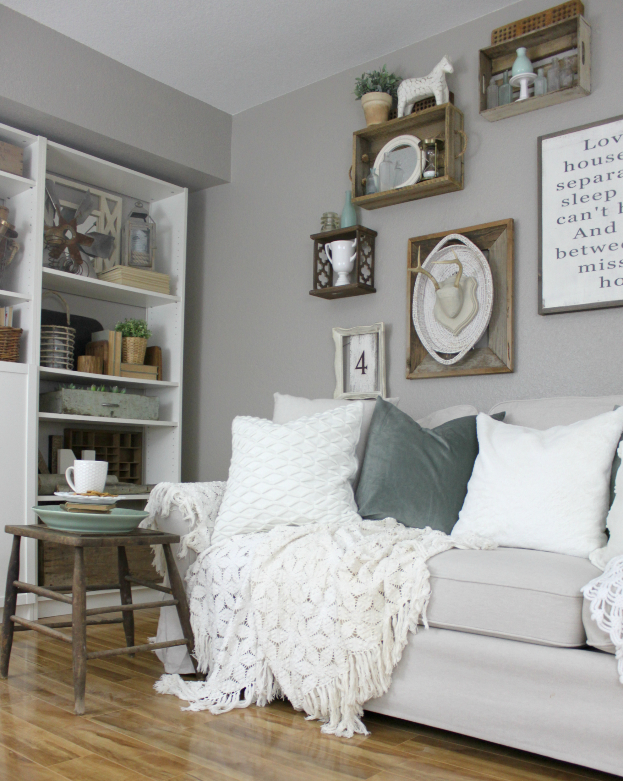 How to Add a Pop of Color to Neutral Decor | An Inspired Nest